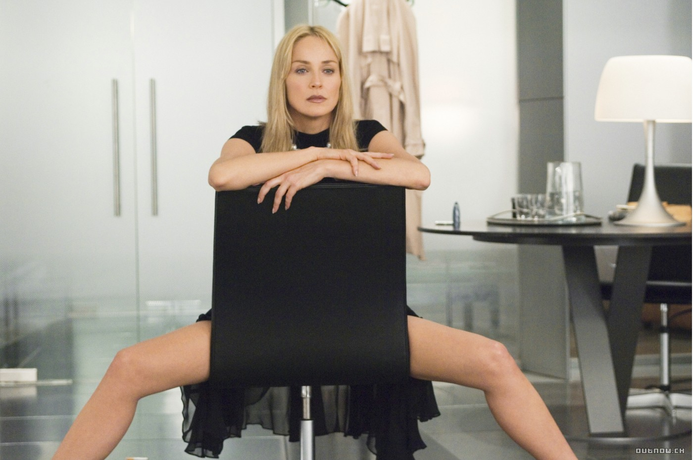 sharon stone in the hollywood blockbuster basic instinc Basic instinct 2 (also known as basic  it stars sharon stone,  budgeted like a summer blockbuster (the estimated budget was us$70 million), .