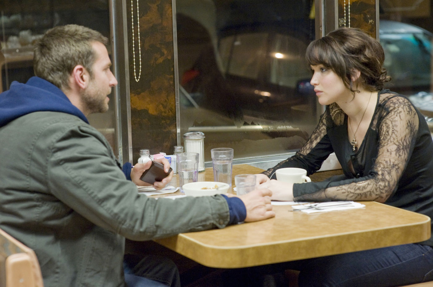 salah satu adegan di film Silver Linings Playbook